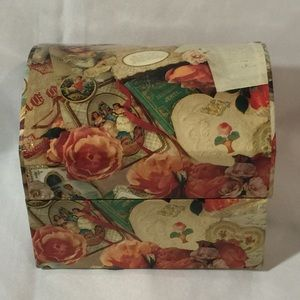 Victorian Decoupage keepsake box